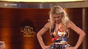 Michelle Hunziker dans Wetten Dass - 03/12/11 - 08
