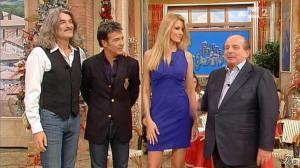 Adriana Volpe dans I Fatti Vostri - 20/12/12 - 13