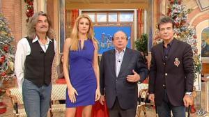 Adriana Volpe dans I Fatti Vostri - 20/12/12 - 18