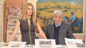 Adriana Volpe dans I Fatti Vostri - 29/11/12 - 04