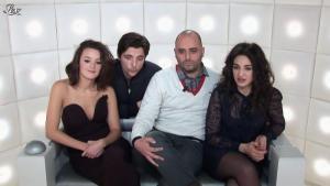 Camelia Jordana et Charlotte Le Bon dans le Grand Journal de Canal Plus - 20/12/12 - 02