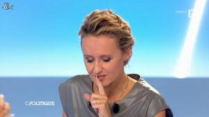 Caroline Roux dans C Politique - 09/09/12 - 34
