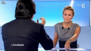 Caroline Roux dans C Politique - 09/09/12 - 36