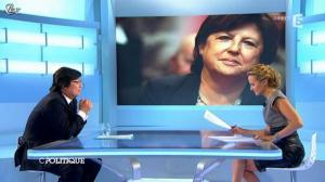 Caroline Roux dans C Politique - 09/09/12 - 62