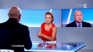 Caroline Roux dans C Politique - 16/09/12 - 34