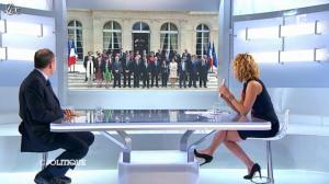 Caroline Roux dans C Politique - 21/10/12 - 35