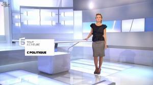 Caroline Roux dans C Politique - 23/09/12 - 03