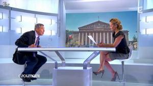 Caroline Roux dans C Politique - 23/09/12 - 35