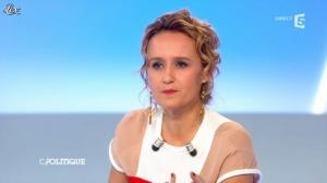 Caroline Roux dans C Politique - 25/11/12 - 33