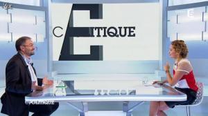 Caroline Roux dans C Politique - 25/11/12 - 37