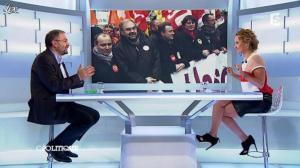 Caroline Roux dans C Politique - 25/11/12 - 52