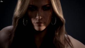 Jennifer Lopez dans une Publicité l'Oreal - 22/12/11 - 01