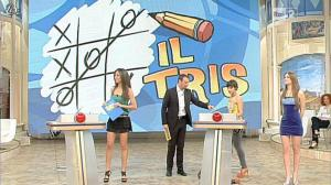 Laura Barriales et Arianna Rendina dans Mezzogiorno in Famiglia - 01/04/12 - 04