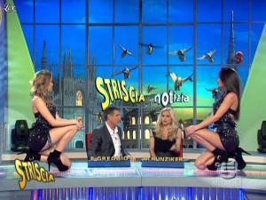 Michelle Hunziker, Federica Nargi, Costanza Caracciolo et Veline dans Striscia la Notizia - 10/02/10 - 04