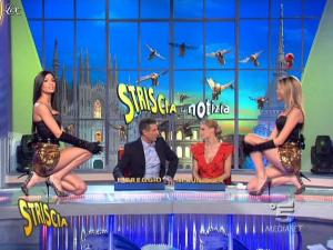 Michelle Hunziker, Federica Nargi, Costanza Caracciolo et Veline dans Striscia la Notizia - 17/02/10 - 03