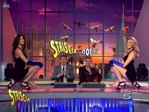 Michelle Hunziker, Federica Nargi, Costanza Caracciolo et Veline dans Striscia la Notizia - 20/02/10 - 05