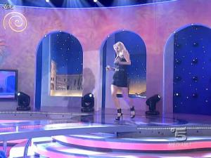 Michelle Hunziker dans Striscia la Notizia - 02/03/10 - 02