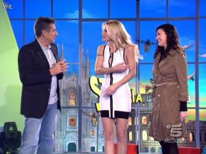 Michelle Hunziker dans Striscia la Notizia - 04/03/10 - 02