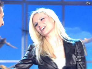 Michelle Hunziker dans Striscia la Notizia - 13/03/10 - 01