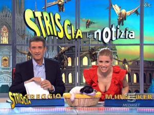 Michelle Hunziker dans Striscia la Notizia - 17/02/10 - 08