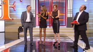 Miriam Leone et Giorgia Palmas dans Ale E Franz Show - 04/12/11 - 03