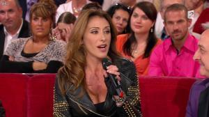 Sabrina Salerno dans Vivement Dimanche - 14/10/12 - 03