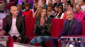 Sabrina Salerno dans Vivement Dimanche - 14/10/12 - 06
