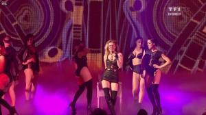 Véronic Dicaire dans NRJ Music Awards - 28/01/12 - 01
