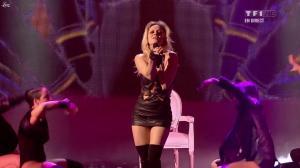 Véronic Dicaire dans NRJ Music Awards - 28/01/12 - 03
