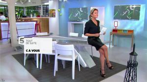 Anne-Sophie Lapix dans C à Vous - 22/10/13 - 03