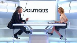 Caroline Roux dans C Politique - 11/01/13 - 20