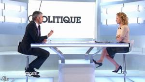 Caroline Roux dans C Politique - 11/01/13 - 29