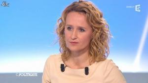 Caroline Roux dans C Politique - 11/01/13 - 33