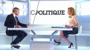 Caroline Roux dans C Politique - 11/01/13 - 35