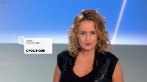 Caroline Roux dans C Politique - 27/10/13 - 03