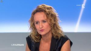 Caroline Roux dans C Politique - 27/10/13 - 07