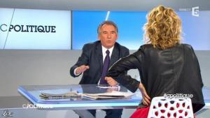 Caroline Roux dans C Politique - 28/04/13 - 07