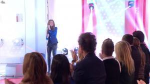 Céline Dion dans Vivement Dimanche - 08/12/13 - 01