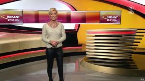 Kamilla Senjo dans Brisant - 07/11/13 - 08