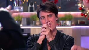 Alessandra Sublet dans C à Vous - 11/12/14 - 05