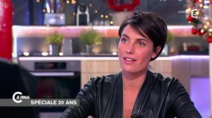 Alessandra Sublet dans C à Vous - 11/12/14 - 13