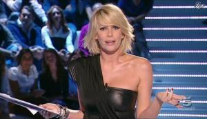 Alessia Marcuzzi dans Grande Fratello - 26/10/09 - 11