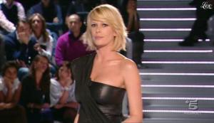 Alessia Marcuzzi dans Grande Fratello - 26/10/09 - 18