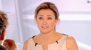 Anne-Sophie Lapix dans Dimanche Plus - 03/02/13 - 11