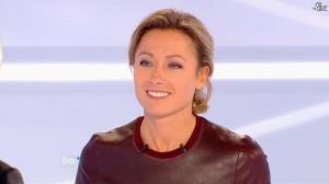 Anne-Sophie Lapix dans Dimanche Plus - 04/11/12 - 05