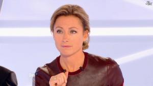 Anne-Sophie Lapix dans Dimanche Plus - 04/11/12 - 07