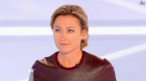 Anne-Sophie Lapix dans Dimanche Plus - 04/11/12 - 08