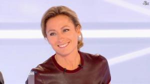 Anne-Sophie Lapix dans Dimanche Plus - 04/11/12 - 09