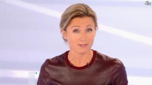 Anne-Sophie Lapix dans Dimanche Plus - 04/11/12 - 11