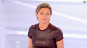 Anne-Sophie Lapix dans Dimanche Plus - 04/11/12 - 15